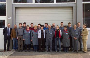 Extension de l'atelier de production à une surface totale de 2.350 m², effectif du personnel: 17