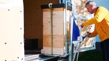 Unikar + LIFTKAR SAL - apiculture