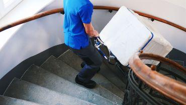 Liftkar SAL monte-escalier électrique avec une machine à laver sur escaliers en colimaçon